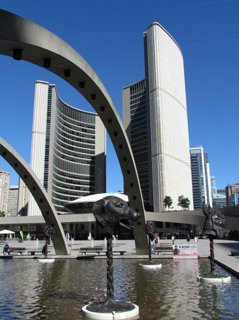 Tour Guys: Toronto's new city hall from different angles.