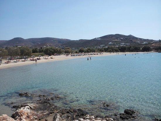 Marili Apartments: Spiaggia di Parasporos