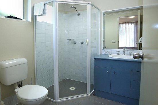 APX Apartments Parramatta: Bathroom