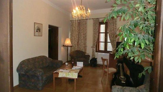 U Cerneho Medveda- At The Black Bear : Livingroom