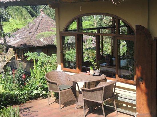 Sarinbuana Eco Lodge: Blick auf den Lieblingsplatz im Speisesaal
