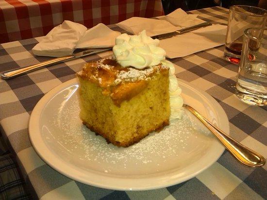 Osteria alla Rosa: torta della nonna