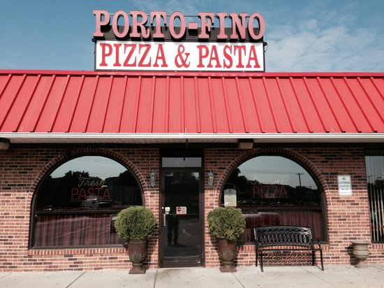 Porto-Fino Pizza & Restaurant: Front