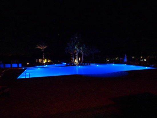 Robinson Club Agadir : pool by night
