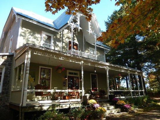 Au Clos Rolland, Couette & Cafe: Le gîte en automne