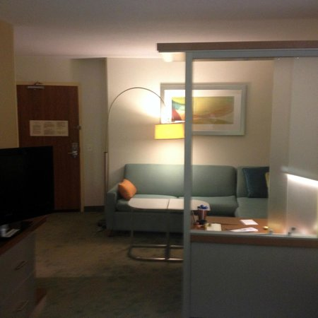SpringHill Suites Chicago Downtown/River North: Sofa & Desk with Chrome & Glass