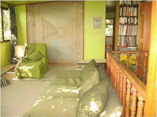 Magda House: Sala de estar con Tv Cable en II piso