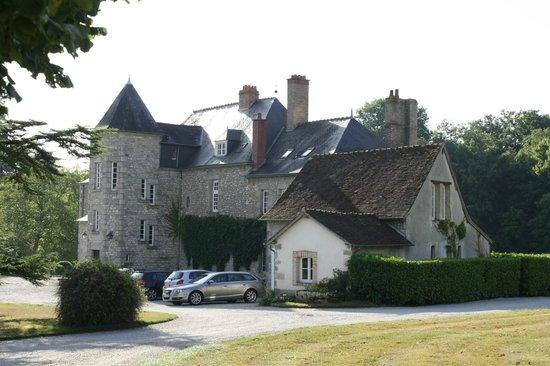 Chateau de Sarceaux : The Chateau 2