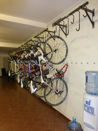 Hotel Residence Esplanade: Bike storage & repair