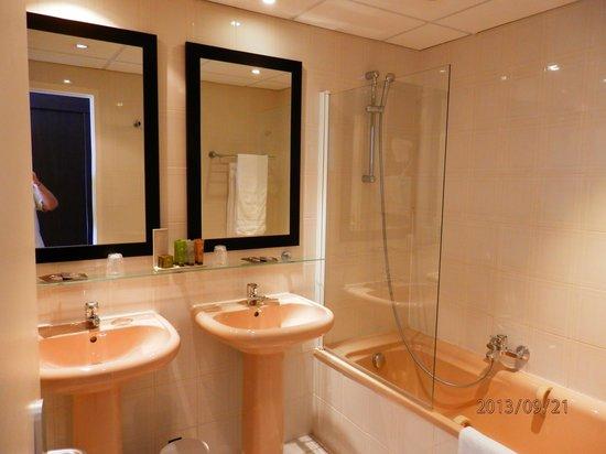 Domaine de Saint-Clair : salle de bains