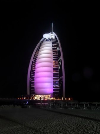Villa Beach Restaurant: Burj Al Arab