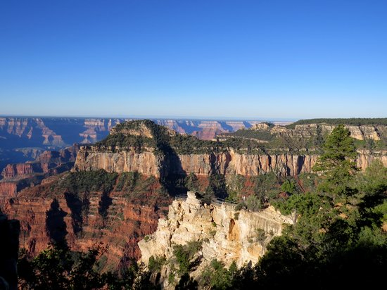 Grand Canyon North Rim : View from the Lodge