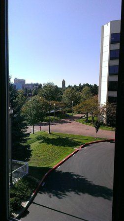 Oxford Suites Downtown Spokane: Left-side of window view from Rm 322 overlooking RiverFront