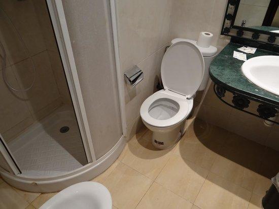 Ryad Mogador Menzah : salle de bain
