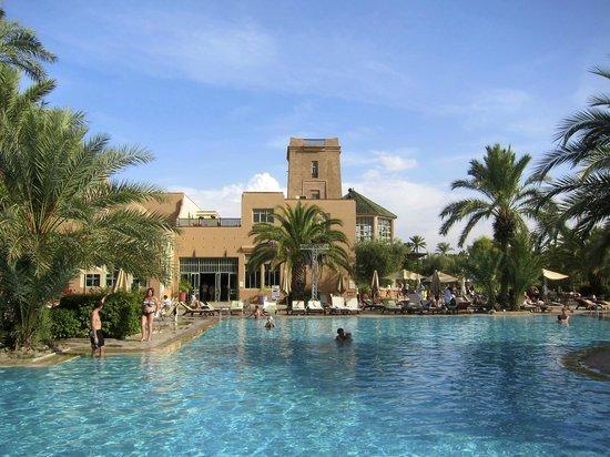 Club Med Marrakech La Palmeraie : Au bord de la piscine