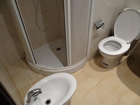 Mogador Menzah Appart Hôtel : salle de bain