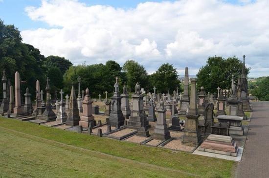 Undercliffe Cemetery: undercliffe