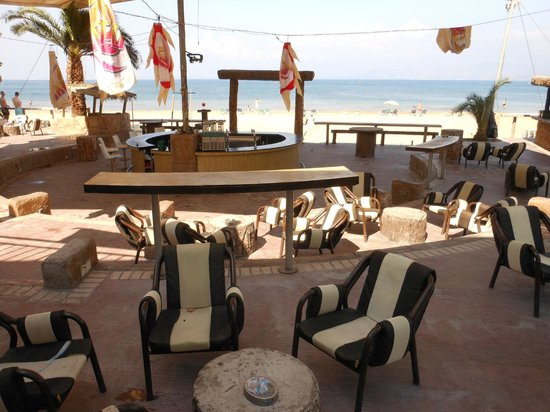 Island Beach Resort: Sandstorm Bar