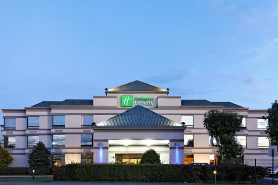 Holiday Inn Express Concepcion: Hotel