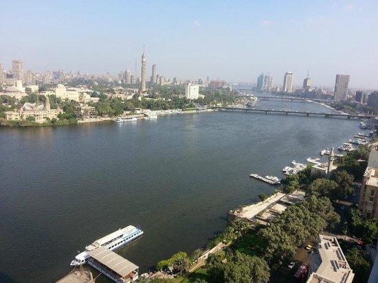 Four Seasons Hotel Cairo at Nile Plaza: River Nile