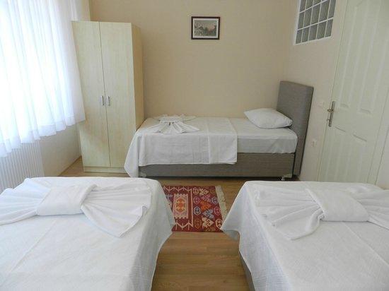 Hagia Sophia Apartment: yatak odası