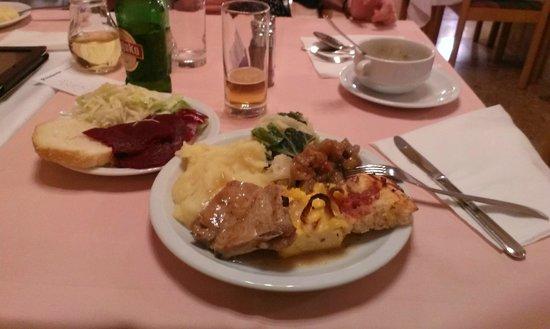 Biokovka: Buffet dinner