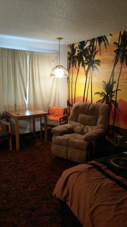 Star Motel: Orange room