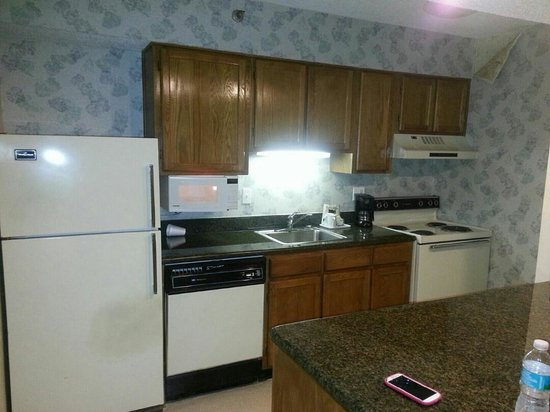 "Chase Suite Hotel- Tampa: their ""updated"" kitchen"