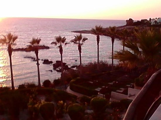 Atlantica Golden Beach Hotel: sea view right