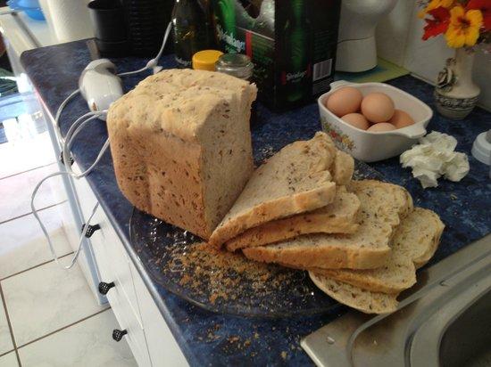 Mesopotamia Lodge: Freshly bake bread