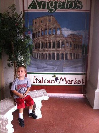 Angelo's Italian Market: Welcome to Angelos!