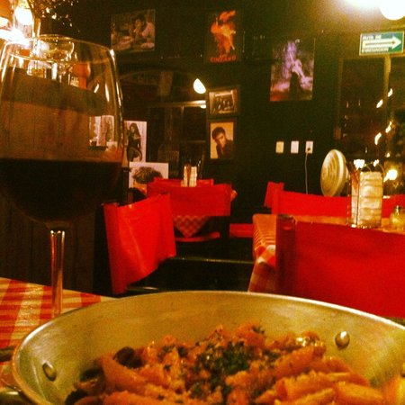I Famosi Pasta : Nice atmosphere, small and cosy