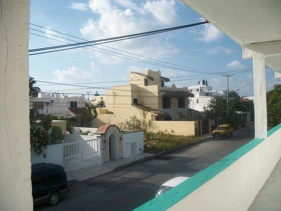Hotel Eden: view from balcony hallway neighborhood