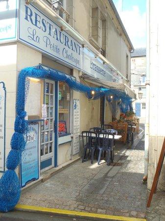 La petite chaloupe port en bessin huppain restaurant avis num ro de t l phone photos - Restaurant l ecailler port en bessin ...