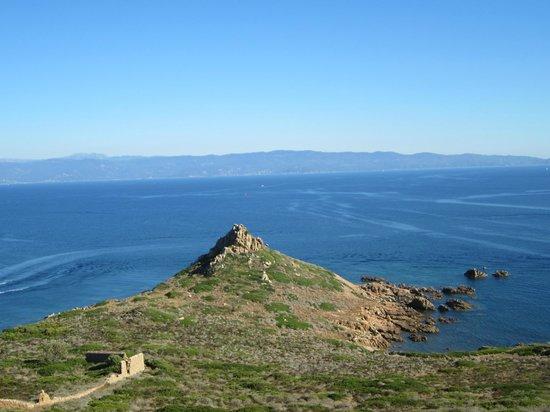Nave Va Promenades en Mer: Blue sky & blue water