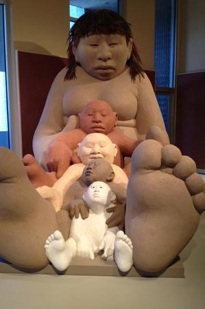 Denver Art Museum : mother