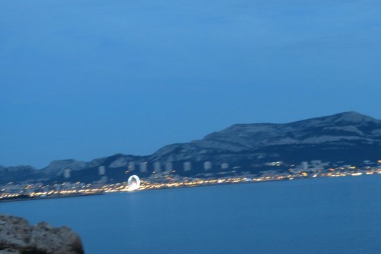 Petit Nice Passedat : evening view from terrace