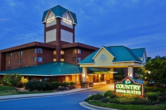 Country Inn & Suites By Carlson, Atlanta Northwest at Windy Hill Road: CountryInn&Suites WindyHill ExteriorNight