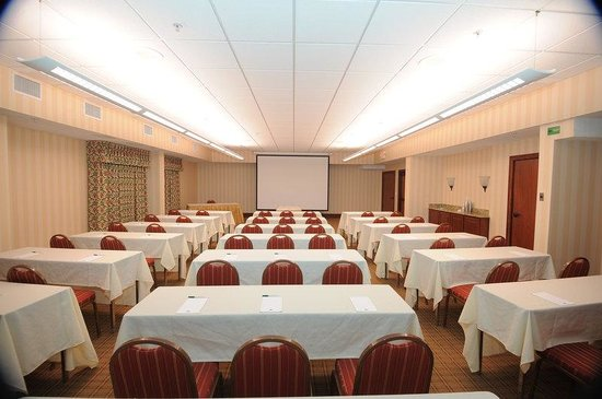 Country Inn & Suites By Carlson, Atlanta Northwest at Windy Hill Road: Cumberland Meeting Room