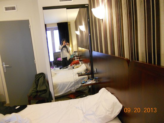 Hotel Opera d'Antin: room
