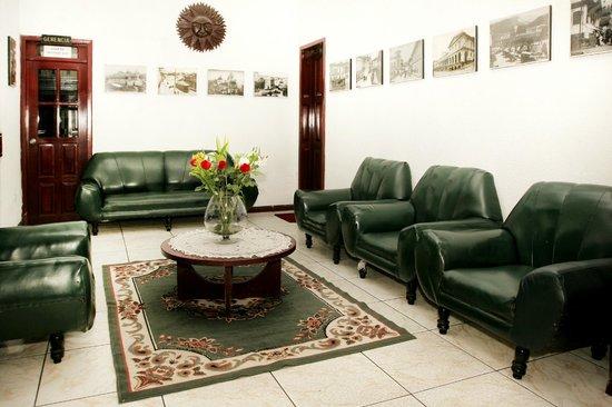 Hotel Huasi Continental : Sala de Estar