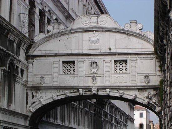 Ponte dei Sospiri: hhhhaa