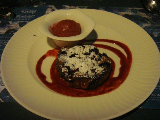 Bougainville Le : delicious dessert