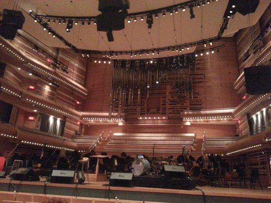 L'Orchestre Symphonique de Montreal (OSM): Concert Pop Adam Cohen & Coeur de Pirate