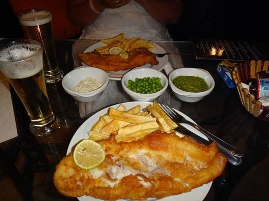 The Lounge : Lounge Bar Fish & Chips