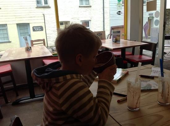The Beached Lamb Cafe: super Milchshakes, in ca. 30 sekunden inhaliert