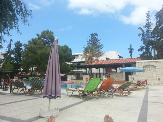 Hotel Studios Lida : pool area