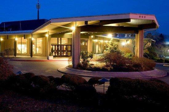 Red Lion Hotel Richland Hanford House Wa Hotel Reviews Tripadvisor