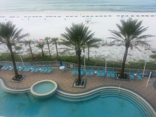 Boardwalk Beach Resort Condominiums: Balcony view on the pool