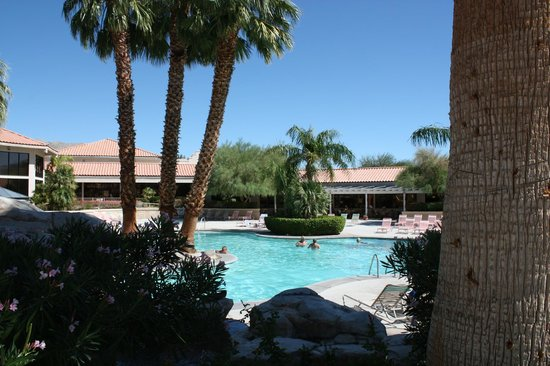 Miracle Springs Resort and Spa: Pool view